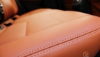Tapiterie auto vw golf 6 reparatie inlocuire tapiterie scaun auto piele naturala ecologica perforata alcantara volkswagen golf 6 scaun fata volan inlocuire retapitare schimbare piele neagra gri crem bej tapiterie piele golf 6
